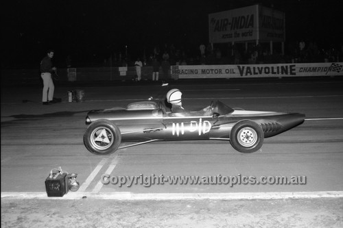 67934 - Surfers Paradise Drags 26th August 1967 - Photographer Lance J Ruting