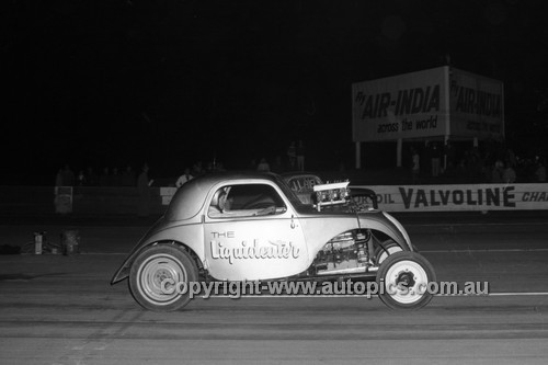 67911 - The Liquideater  - Surfers Paradise Drags 26th August 1967 - Photographer Lance J Ruting
