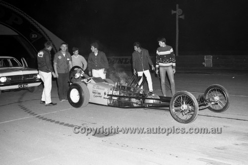 67907 - Bill Birmingham - Surfers Paradise Drags 26th August 1967 - Photographer Lance J Ruting
