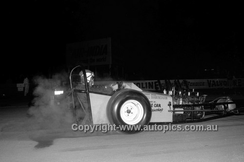 67906 - Bill Birmingham - Surfers Paradise Drags 26th August 1967 - Photographer Lance J Ruting