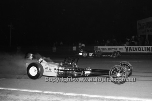 67904 - Bill Birmingham - Surfers Paradise Drags 26th August 1967 - Photographer Lance J Ruting