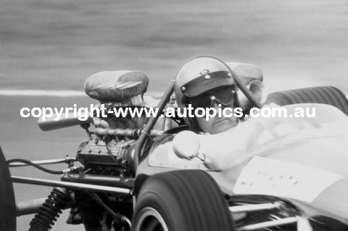 Jack Brabham  -  Repco-Brabham  - 1967 Tasman Series -  Warwick Farm