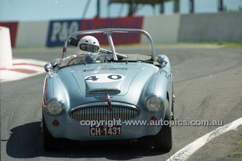 98224 - Gerry Lawson, Austin Healey BN 7 - Donald Healey International Tribute - Bathurst 1998 - Photographer Marshall Cass