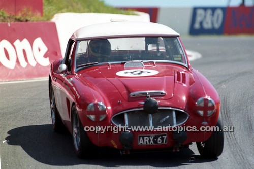 98221 - Hardy Kuhn, Austin Healey MK1 3000 - Donald Healey International Tribute - Bathurst 1998 - Photographer Marshall Cass