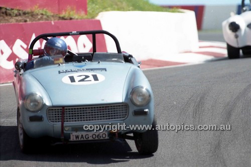 98217 - Wendy Gibbs, Austin Healey Sprite - Donald Healey International Tribute - Bathurst 1998 - Photographer Marshall Cass