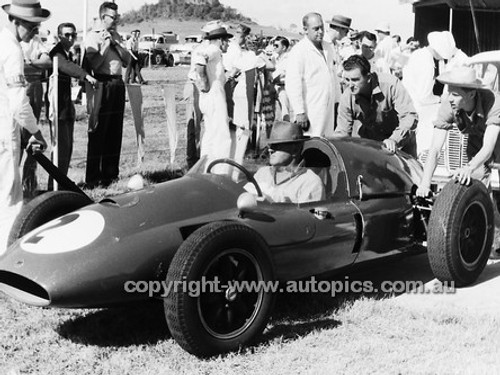 60519 - Alec Mildren, Cooper T51 / Maserati 2.5L - Australian Grand Prix, Lowood 1960