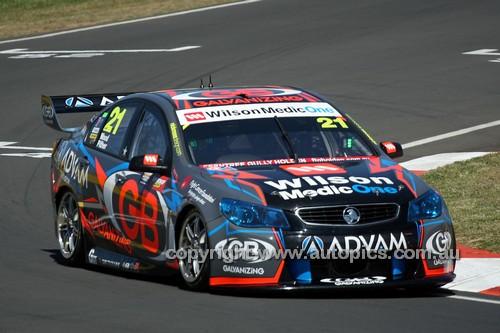 14060 - Dale Wood & Chris Pither, Holden VF Commodore - 2014 Supercheap Auto Bathurst 1000 - Photographer Craig Clifford