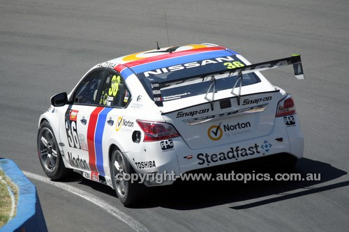 14055 -  Michael Caruso & Dean Fiore, Nissan Altima - 2014 Supercheap Auto Bathurst 1000 - Photographer Craig Clifford