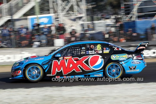 14050 - Chaz Mostert & Paul Morris, Ford Falcon FG - 1st Outright - 2014 Supercheap Auto Bathurst 1000 - Photographer Craig Clifford