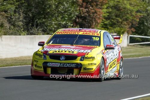 14047 - Tim Slade & Tony D'Alberto, Holden VF Commodore - 2014 Supercheap Auto Bathurst 1000 - Photographer Craig Clifford