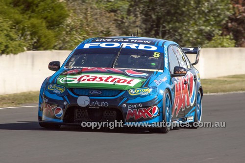 14043 - Mark Winterbottom & Steve Owen, Ford Falcon FG - 2014 Supercheap Auto Bathurst 1000 - Photographer Craig Clifford