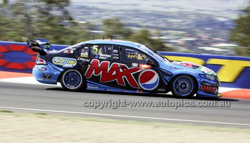14041 - Mark Winterbottom & Steve Owen, Ford Falcon FG - 2014 Supercheap Auto Bathurst 1000 - Photographer Craig Clifford