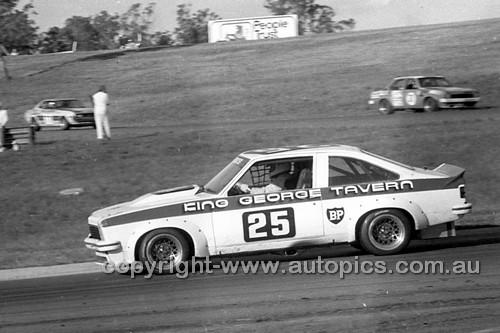 78069 - Fred Gibson Torana A9X - Oran Park 1978 - Photographer Lance J Ruting