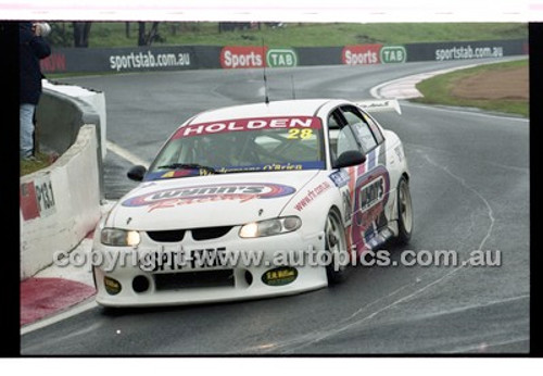 FIA 1000 Bathurst 19th November 2000 - Photographer Marshall Cass - Code 00-MC-B00-093