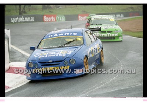 FIA 1000 Bathurst 19th November 2000 - Photographer Marshall Cass - Code 00-MC-B00-100