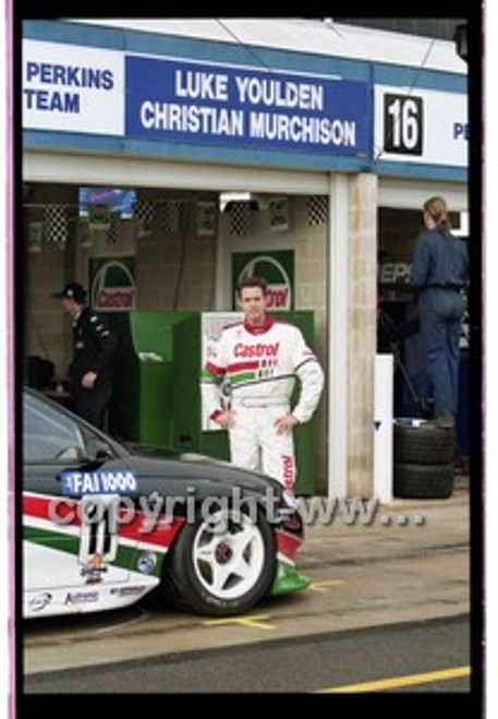FIA 1000 Bathurst 19th November 2000 - Photographer Marshall Cass - Code 00-MC-B00-110
