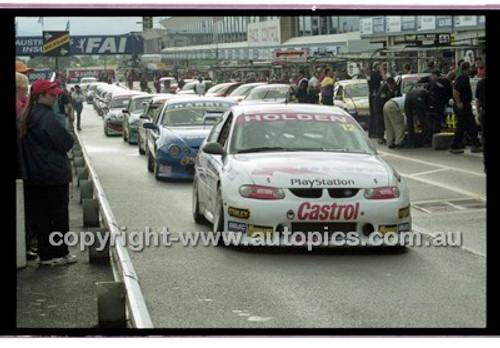 FIA 1000 Bathurst 19th November 2000 - Photographer Marshall Cass - Code 00-MC-B00-113