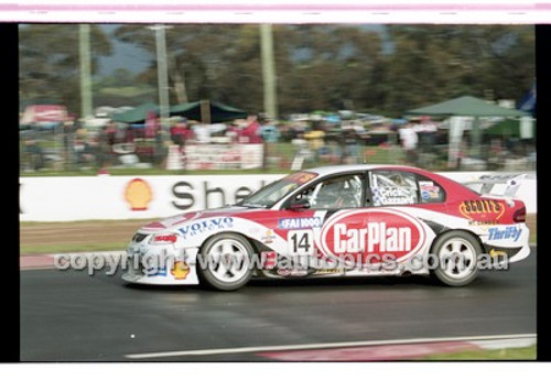 FIA 1000 Bathurst 19th November 2000 - Photographer Marshall Cass - Code 00-MC-B00-117