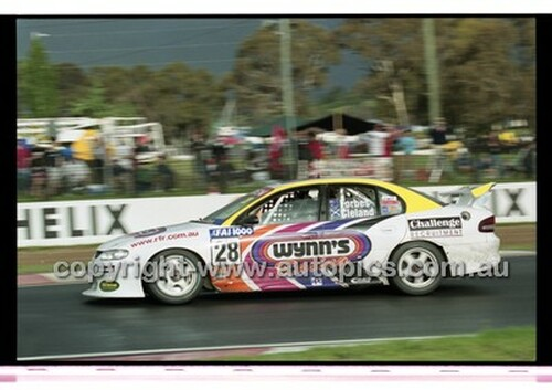 FIA 1000 Bathurst 19th November 2000 - Photographer Marshall Cass - Code 00-MC-B00-123