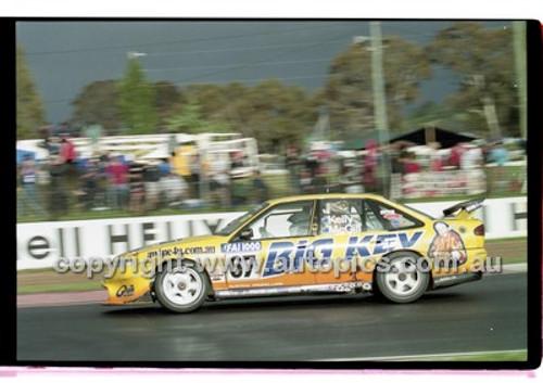 FIA 1000 Bathurst 19th November 2000 - Photographer Marshall Cass - Code 00-MC-B00-126