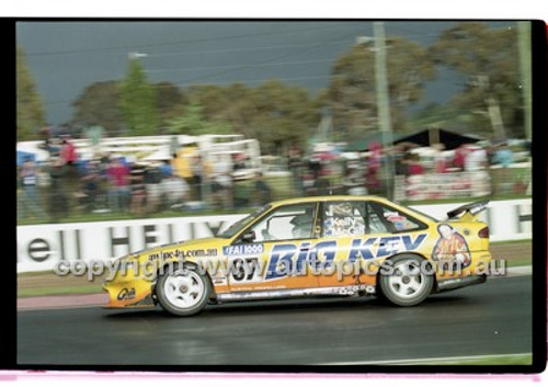 FIA 1000 Bathurst 19th November 2000 - Photographer Marshall Cass - Code 00-MC-B00-126