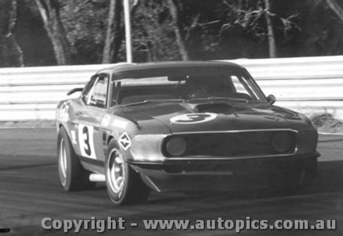 70005  -  Allan Moffat  -  Mustang  Warwick Farm  1970 - Photographer David Blanch