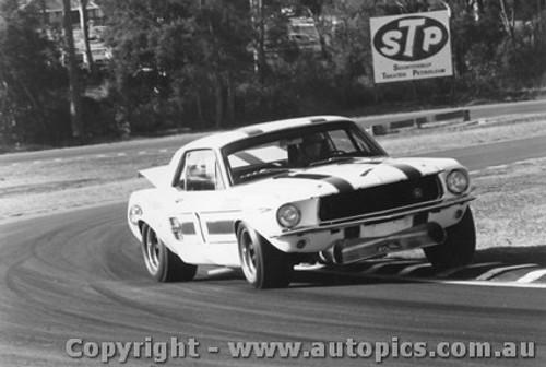 70007  -  Ian  Pete  Geoghegan  -  Mustang  Warwick Farm  1970 - Photographer David Blanch