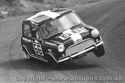 70015  -  2 wheeling Morris Cooper S  -  The Dipper -  Bathurst  1970