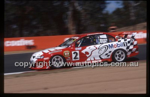 Bathurst 1000, 2002 - Photographer Marshall Cass - Code 02-B02-003
