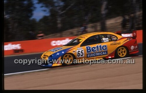 Bathurst 1000, 2002 - Photographer Marshall Cass - Code 02-B02-005