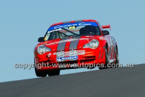 Bathurst 1000, 2004 -  Photographer Marshall Cass - Code 04-MC-B04-008