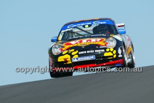 Bathurst 1000, 2004 -  Photographer Marshall Cass - Code 04-MC-B04-022