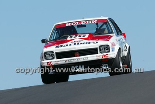 Bathurst 1000, 2004 -  Photographer Marshall Cass - Code 04-MC-B04-024
