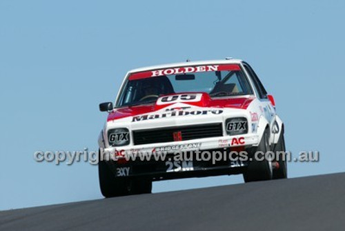Bathurst 1000, 2004 -  Photographer Marshall Cass - Code 04-MC-B04-025