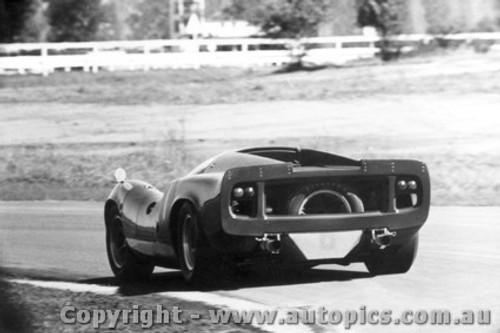 67416  -  Paul Hawkins  -  Lola T70 MK3 Coupe  - Warwick Farm 1967