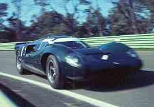 67423  -  Paul Hawkins  -  Lola T70 MK3 Coupe  - Warwick Farm 1967