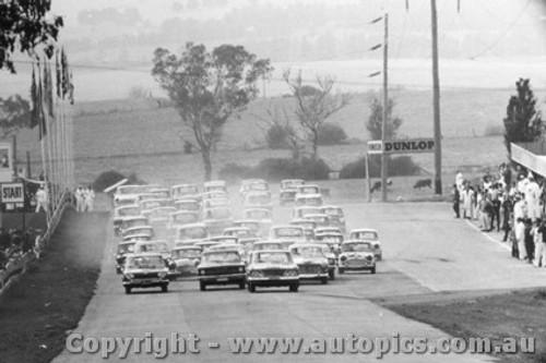66701 - The Start - Bathurst 1966