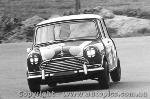 66702  -  Aaltonen / Holden  -  Bathurst 1966 - 1st Outright & Class C winner - Morris Cooper S
