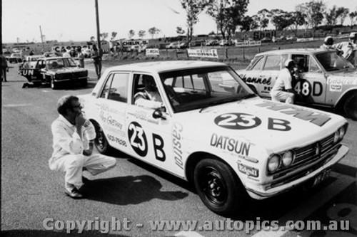70707  -  D Smith / H Taylor  -  Bathurst 1970 - Class B winner - Datsun1600