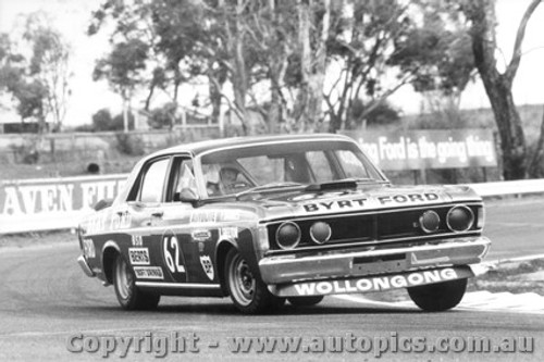 71705  -  P. Barnes / R . Skelton  -  Bathurst 1971 - 2nd Outright -  Ford Falcon GTHO Phase 3