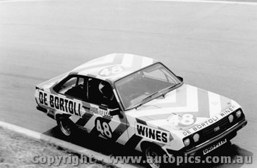 76721  -  Hodgson / Morrow  -  Bathurst 1976   Escort RS2000
