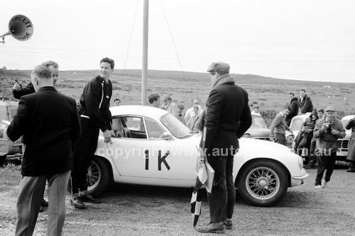 60421 - Leo Geoghegan - Lotu Elite - Phillip Island 1960
