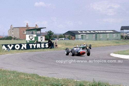 62588 - Roy Salvadori, Lola Climax British Grand Prix, Aintree 1962
