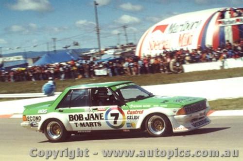 81704  -  B. Morris / J. Fitzpatrick   Bathurst 1981  2nd Outright  Falcon XD