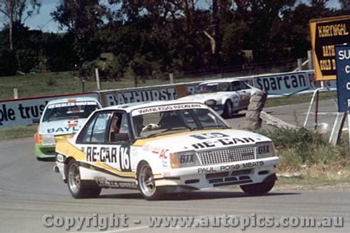 81708  -  R. Wanless / R. Radburn   Bathurst 1981  Holden Commodore