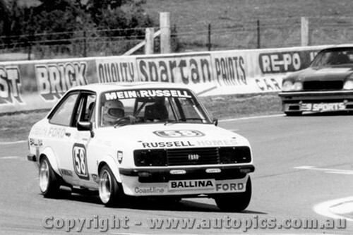 81712  -  Mein / Russell    Bathurst 1981  Escort RS2000
