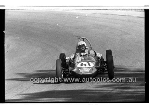 G Shortland Vee - Amaroo Park 31th May 1970 - 70-AM31570-039