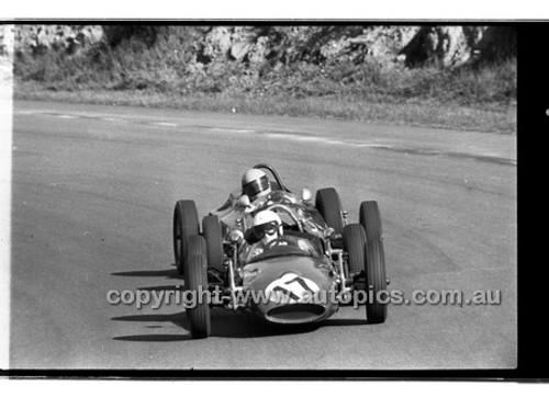 J. Evans Mako Vee - Amaroo Park 31th May 1970 - 70-AM31570-051