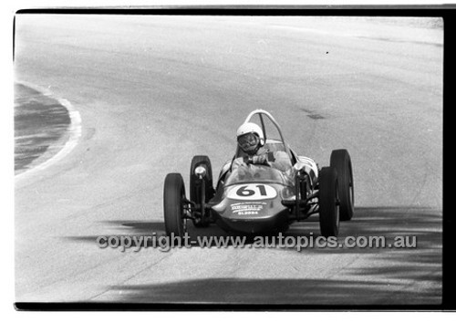 G Shortland Vee - Amaroo Park 31th May 1970 - 70-AM31570-053