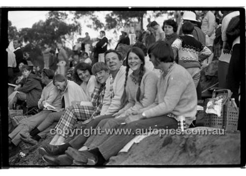 - Amaroo Park 31th May 1970 - 70-AM31570-411